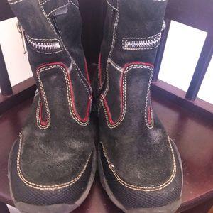 Naturino suede navy boy boots